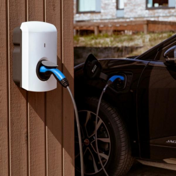 Alfen Single S-Line charging ChargeMakers